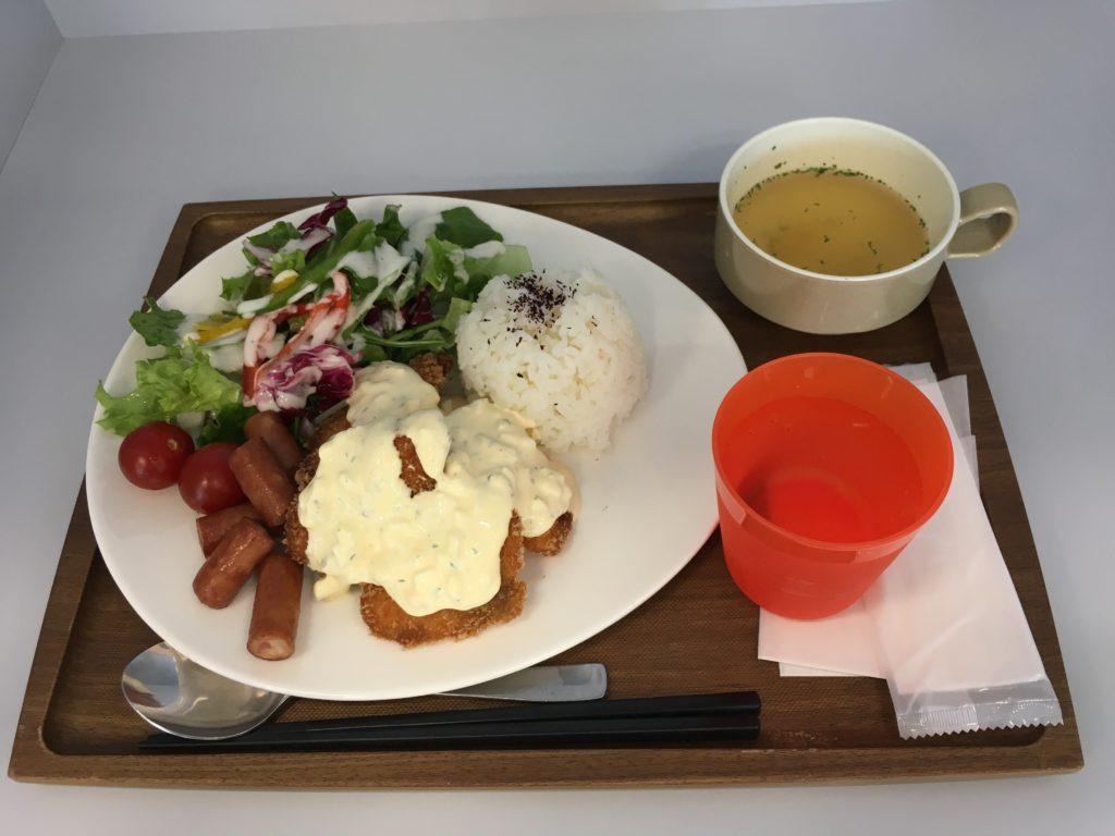 ヤフーLODGEで食べることのできるランチの写真